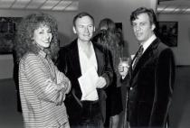 "Former Solomon R. Guggenheim Museum Director (then Assistant Curator) Lisa Dennison, Richard Estes, and Louis K. Meisel at the opening for ""Seven Photorealists from New York Collections"", Solomon R. Guggenheim Museum, New York, October 1981