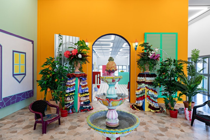 Sol Calero, El Patio, 2018. Installation view, Hamburger Kunsthalle, 2020. © Courtesy the artist; ChertLüdde, Berlin and Crèvecoeur, Paris. Photo: Fred Dott